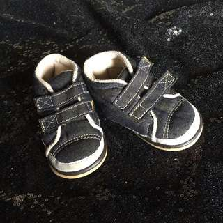 sepatu prewalker