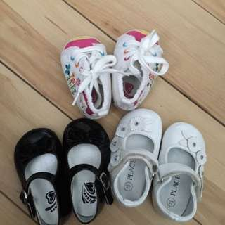 3 Pairs Of Baby Girl Shoes Size 3-6m