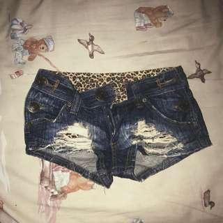 HOT PANTS (baru)