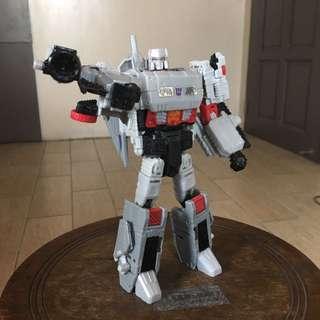Transformers Titans Return Voyager Class Megatron