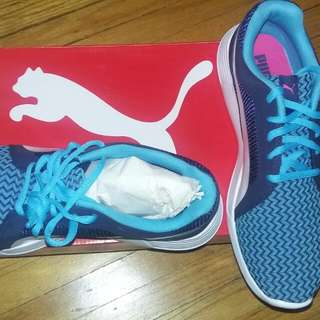 Puma Junior Rubber Shoes Size Is In The Picture I'm Size 8 But It Fits Me