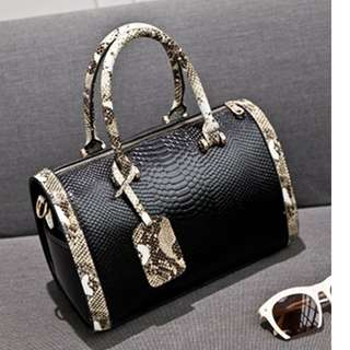Designer Black Mock Croc Skin Boho Snakeskin Top Handle Boston Ladies Cross Body / Tote Handbag