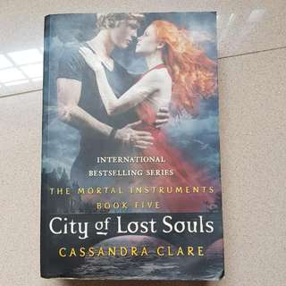 ($4) The Mortal Instruments: City of Lost Souls