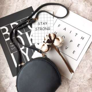 Stylish Shoulder Bag/Cross Body Bag/Wristlet