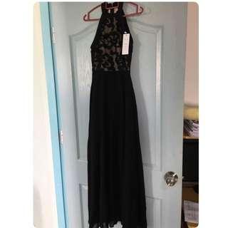 MAXI DRESS IN BLACK - S SIZE