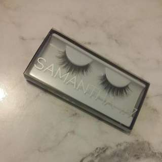 Huda Beauty Classic Lashes - Samantha (#7)