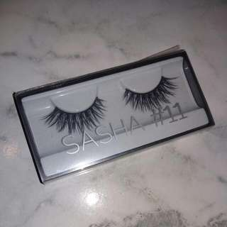 Huda Beauty Classic Lashes - Sasha (#11)