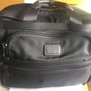Tumi Black Alpha Essential Laptop Briefcase 26130DH