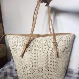 White/Brown Pattern Bag
