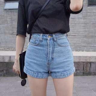 轉賣 歐美 復古高腰牛仔褲 牛仔短褲 反摺A字短褲 淺藍色