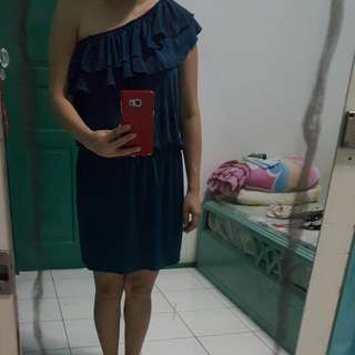 Dress Terusan One Shoulder
