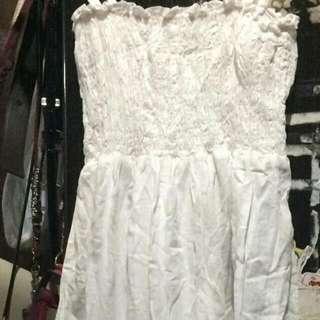 dress putih panjang tanpa lengan
