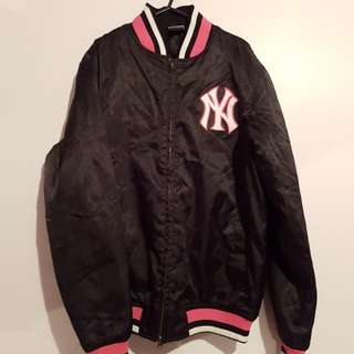 Black and Pink Yankees Bomber Jacket~L