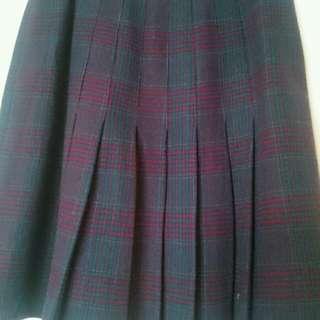 Preloved vintage style pleated wool skirt