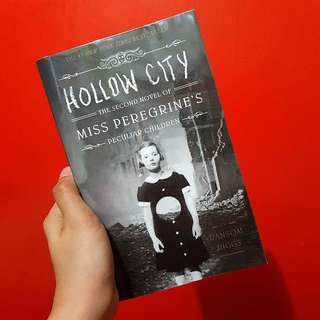 Hollow City The Second Novel Of Miss Peregrine's Home for Peculiar Children