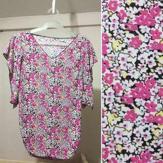 🚛Brandnew floral blouse for XS to Small female