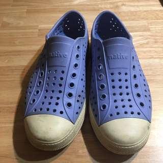 二手native洞洞鞋