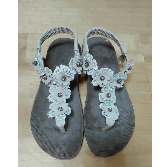 #花花鬆緊帶涼鞋 #我有涼鞋要賣