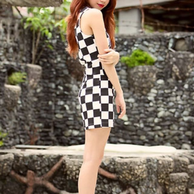 💟 Checkered Jumpsuit