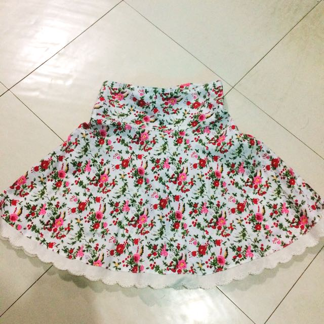 ( Php200 Only!!! ) Just Kid-ding Co. Floral Skirt For Kids Medium