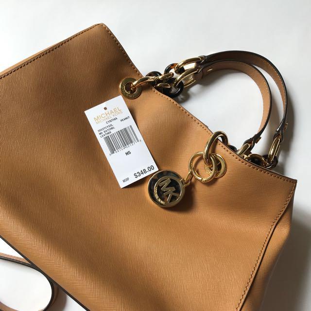 BRAND NEW! Tas Michael Kors Cynthia Medium Saffiano Leather Satchel Original (Guaranteed)
