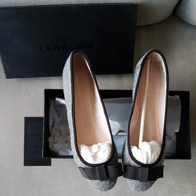Brand New David Lawrence Womens Ballet Flats Grey Black Bow Sz 40