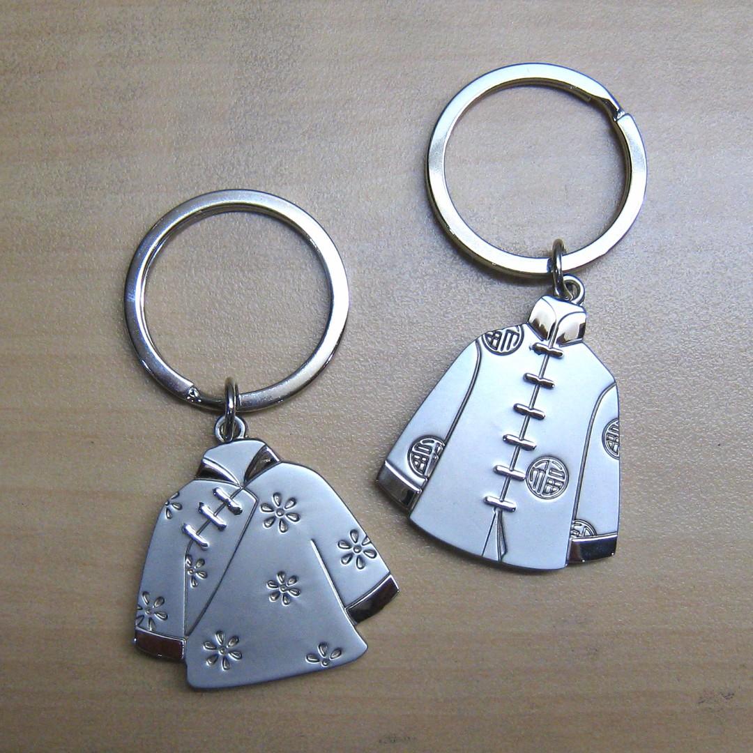 Cute Couple Keychain - Cheongsam and Changshan