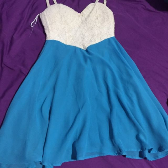 Dress From Sirens Size Snall