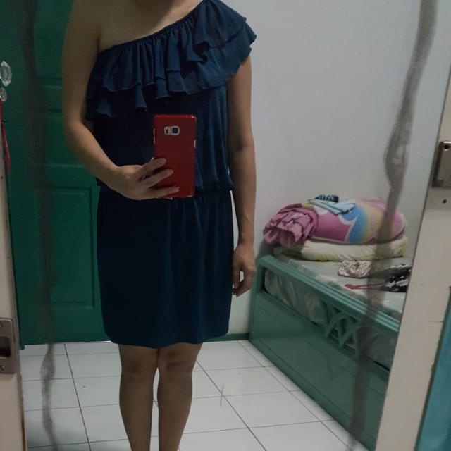 Dress Terusan One Shoulder