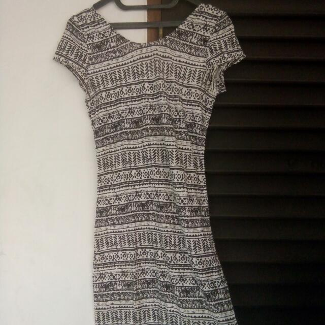 *REPRICE* Dress Tribal Bodycon Cache Cache