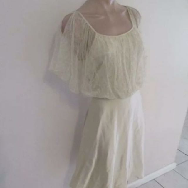 Fleur Wood Silk and Lace Dress - Size 2