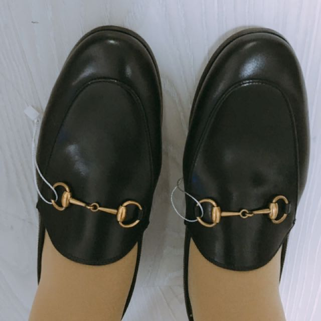 GUCCI 黑色牛皮loafer Sz 38