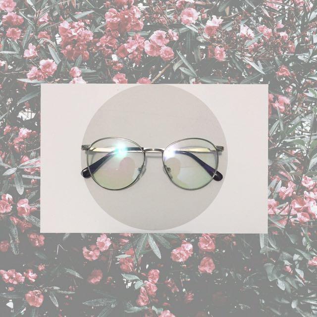 Kacamata Korea