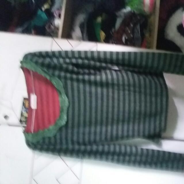 Kaos..panjang..salur..hijau