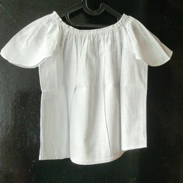 Le Bijou Off-Shoulder White Top