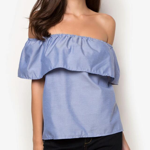M&M Chambray Off-shoulder Top