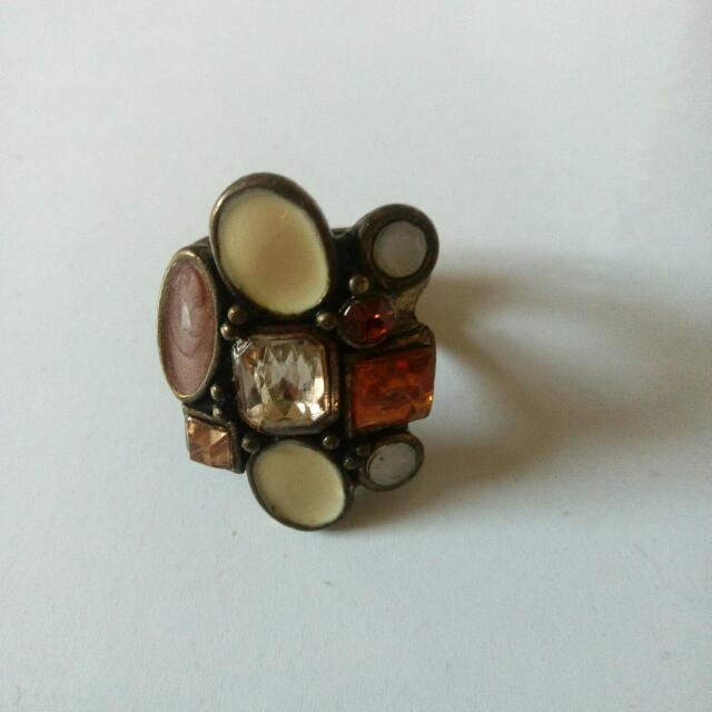 New Women's Statement Jeweled Ring