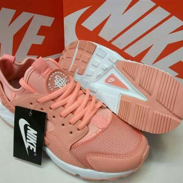 NIKE HUARACHE (pink)