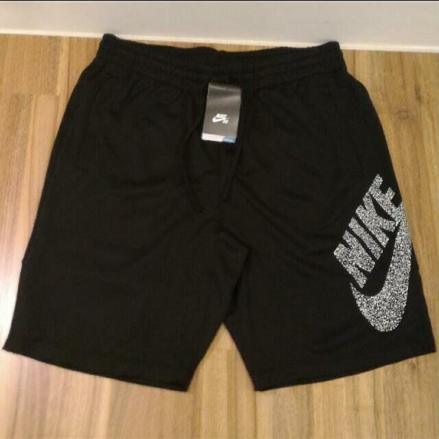 Nike SB短褲