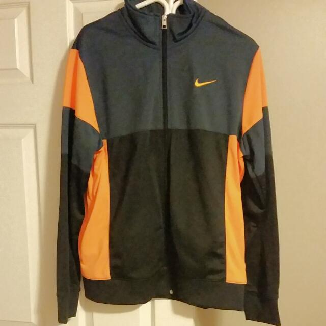 Nike workout Jacket, Size L