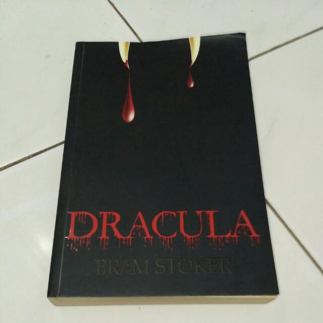 Novel DRACULA