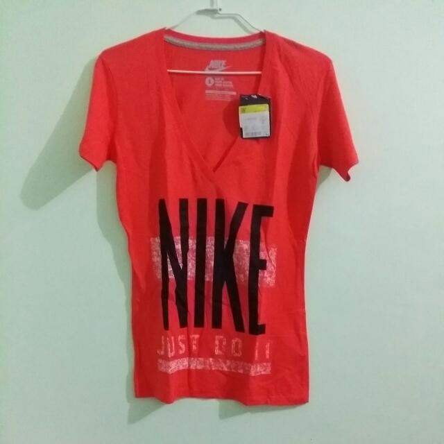 Original Nike Vneck Slimfit