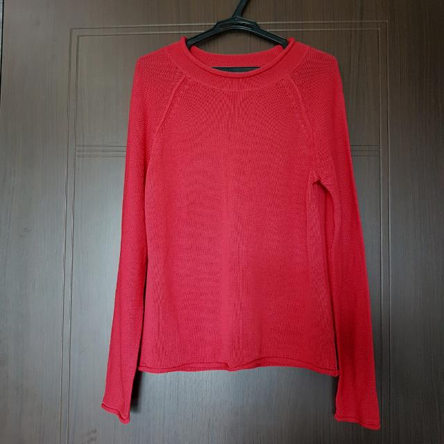 Red Pullover Knitted Blouse