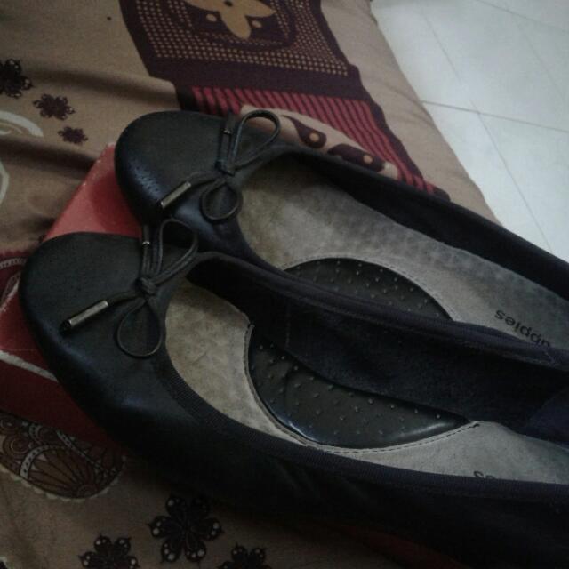(REPRICE) Sepatu Hush Puppies Ori