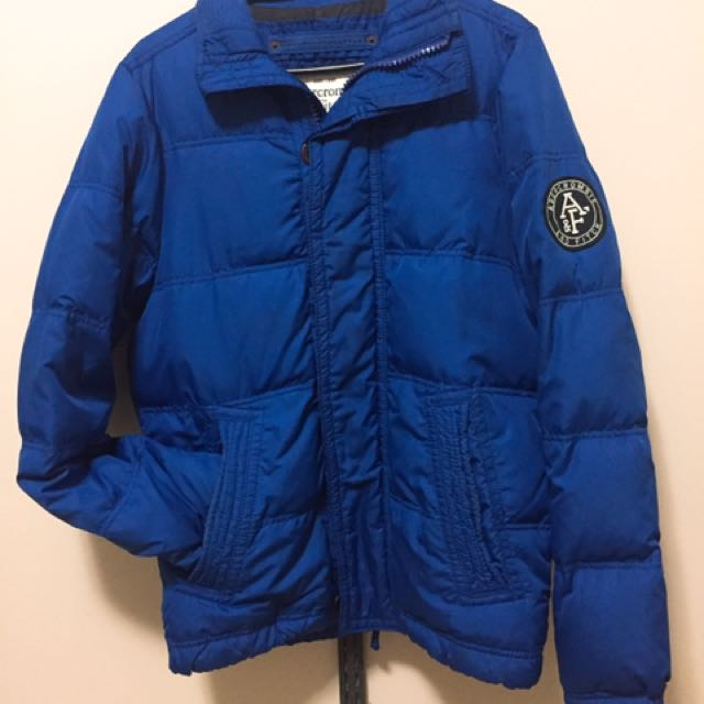 (size - s) Hollister oversized puffer jacket