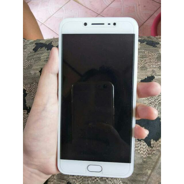 Vivo V5 PERFECT SELFIE GOLD