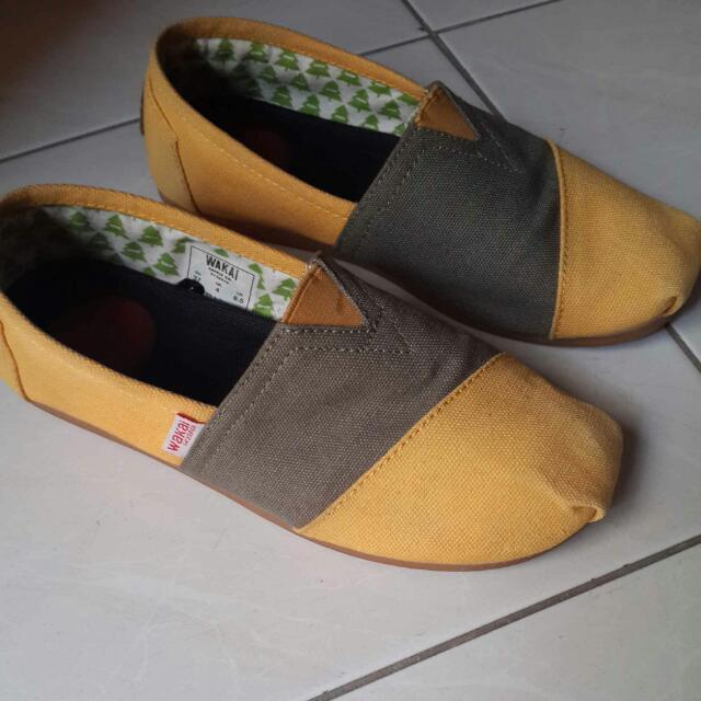 Wakai Shoes Yellow