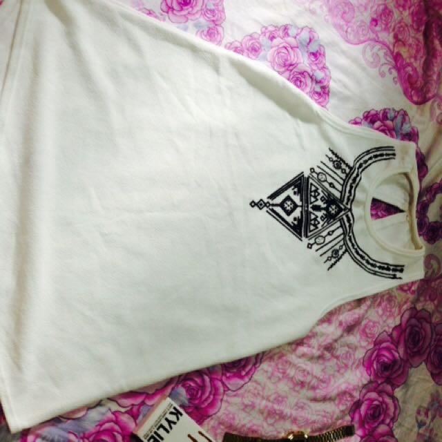 White Top💚