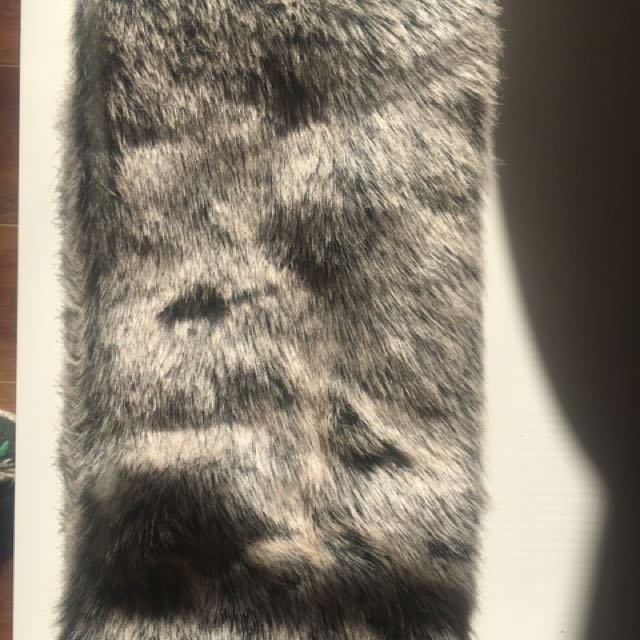 Witchery Faux Fur Snood