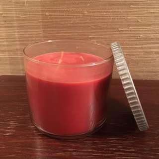 Cinnamon Cupcake 3-wick candle (w/o label)